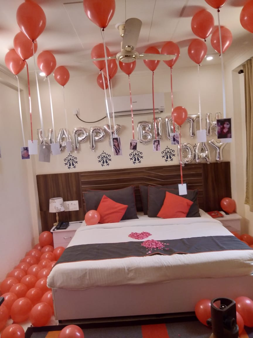 12 Helium balloon