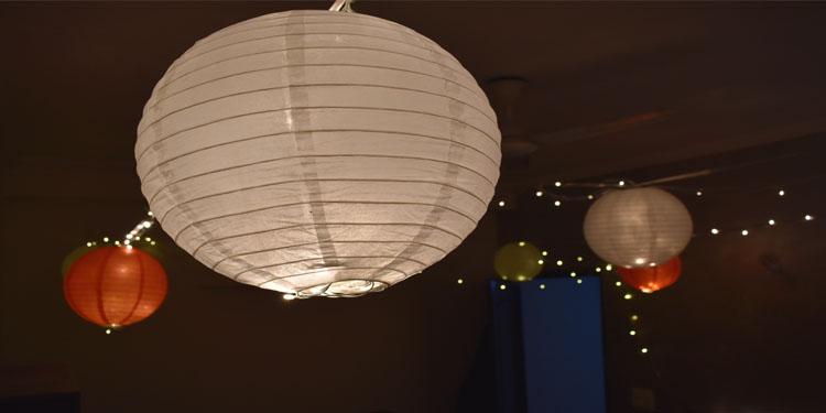 Lantern Décor