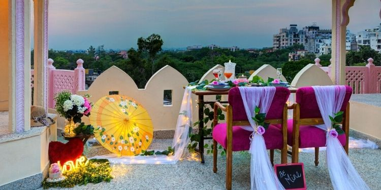 Do you also have the memories of escaping to the terrace with your lover.