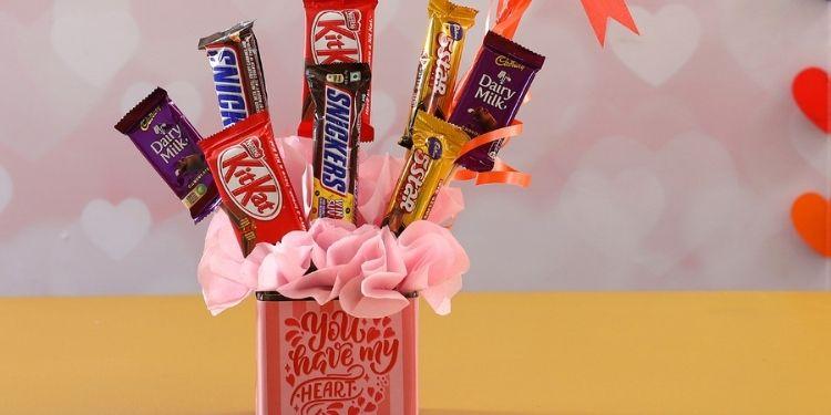 Love Special Chocolates In Vase