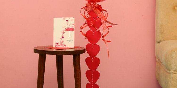 Love You Balloon With Hearts & Love Umbrella Card