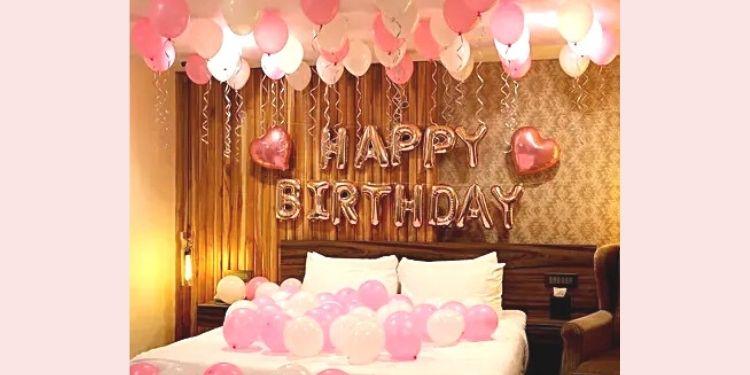 Rose Gold Birthday Theme Balloon Décor