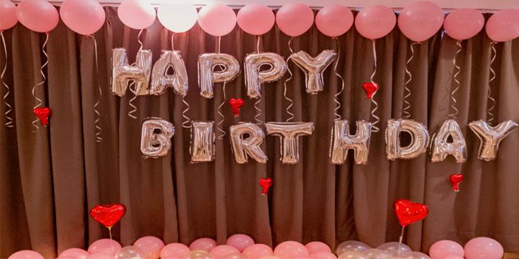 Delight Birthday Decor