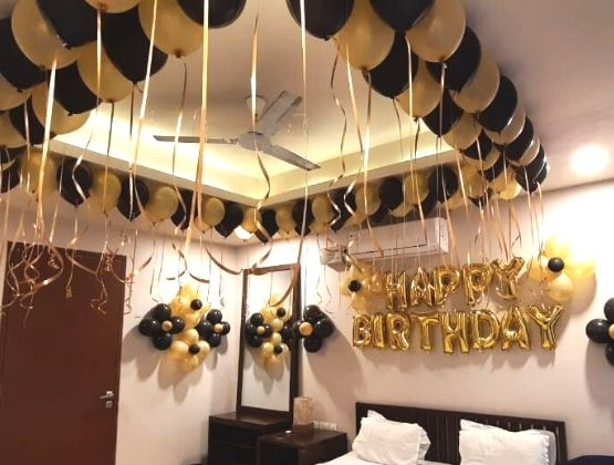 Celebrate an at-home birthday in the best possible way with the help of our exquisite decoration concepts.