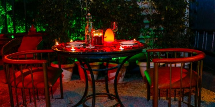 Take your loved one on a candlelight dinner to express your love in the most romantic way!