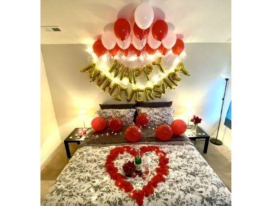 Grand Anniversary Love Decor