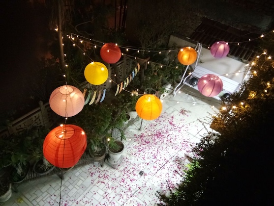 Exceptionally romantic setup at your place, Ideal for Anniversary celebration.