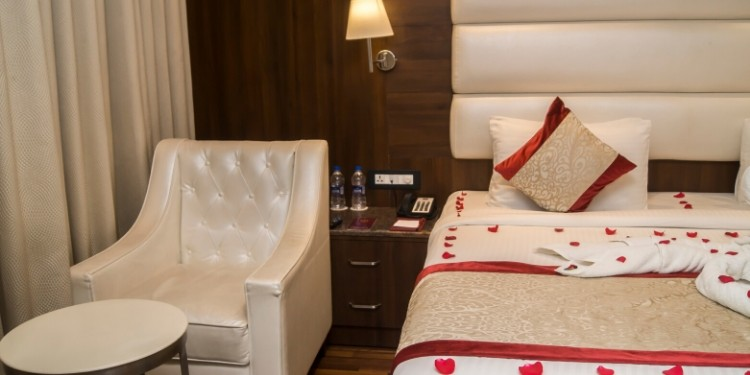 Attractive Stay & Dining