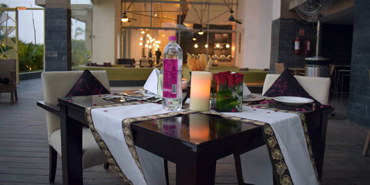 Taj Vivanta Poolside Dinner