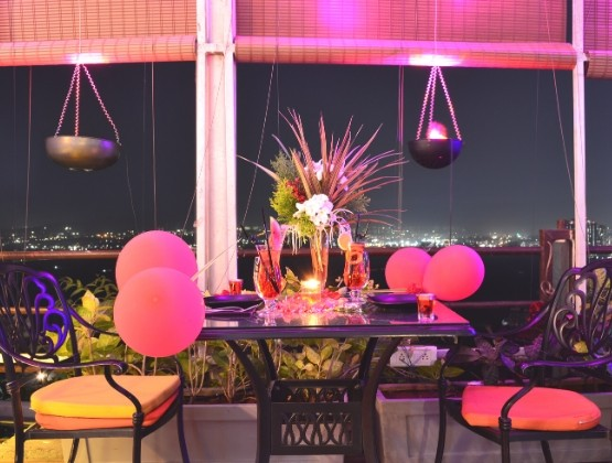 V-Day Visionary Romantic Dining