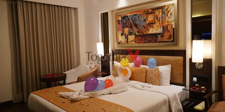 Stay and dinner in Gurugram